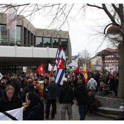 Berliner Platz am 28. Januar 2012: Demo gegen Nazis und Rassismus