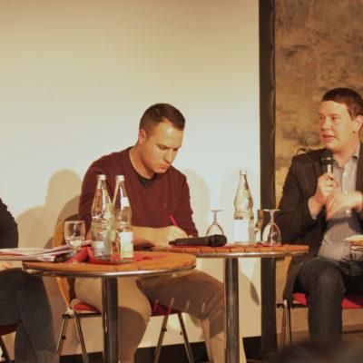 Bernd Riexinger (Vorsitzender DIE LINKE), Luisa Boos (SPD-Generalsekretärin BaWü), Oliver Hildenbrand (Landesvorsitzender Bündnis 90/Die Grünen) und Hannah Eberle (Interventionistische Linke) beim Podium in Heilbronn am 29. März 2017