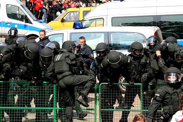 1. Mai 2011 Heilbronn: Massiver Polizeieinsatz gegen Nazigegner*innen