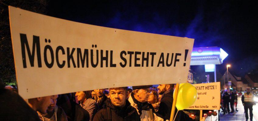 Knapp 1000 Menschen protestieren am 31. Oktober 2018 gegen eine Veranstaltung der AfD mit André Poggenburg in der Stadthalle in Möckmühl