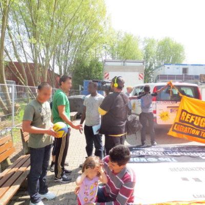 Refugees Liberation Bus Tour am 5. Mai 2013