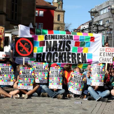 Mobilisierungs-Aktion auf dem Kiliansplatz für die Blockaden gegen den Naziaufmarsch am 1. Mai 2011